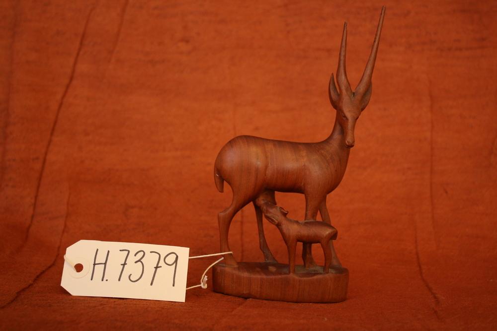H 7379.JPG